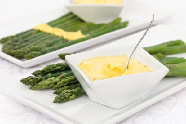 This silky smooth oil-free vegan hollandaise boasts the true essence of why hollandaise is so good. It has a silky smooth texture, robust flavor and bright citrus notes.