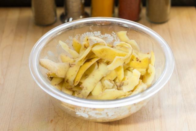 #3 Peel into a prep bowl